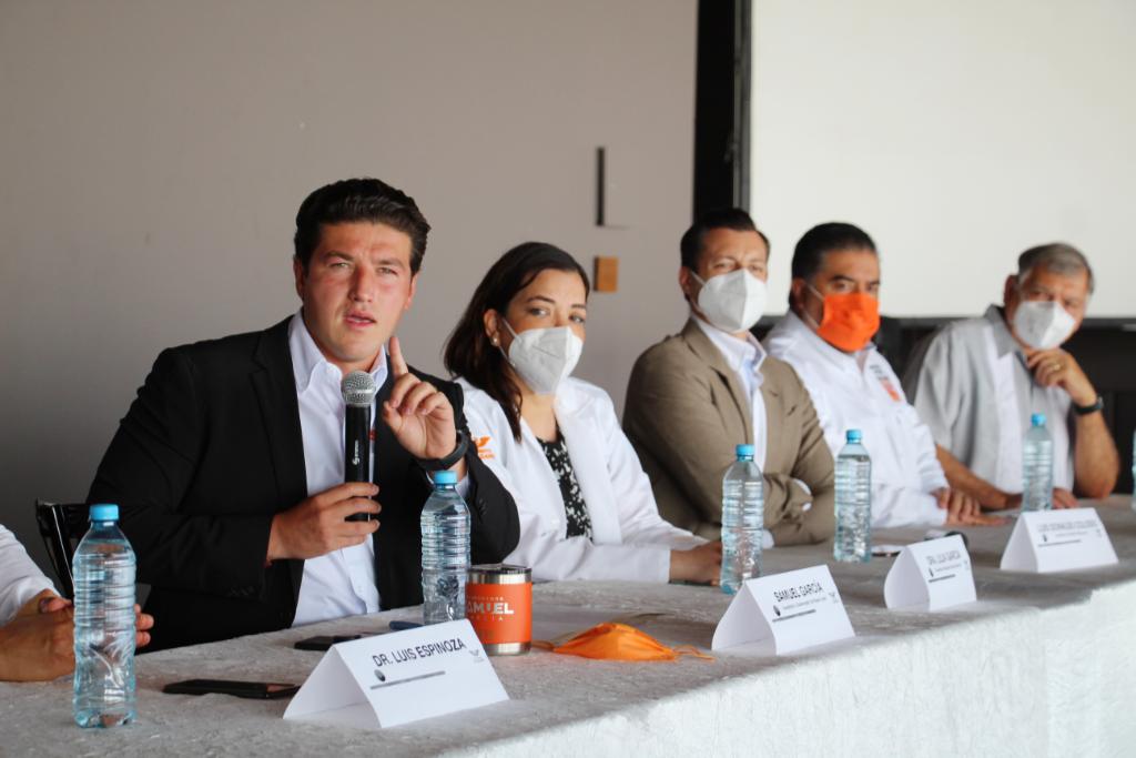 La salud de NL ya no puede depender del centro: Samuel García